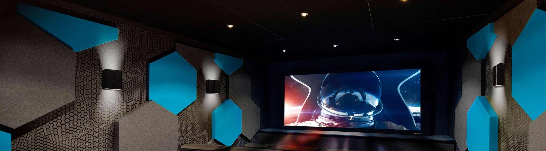 Home cinéma écrans projecteur sofa multi-room Secure inside